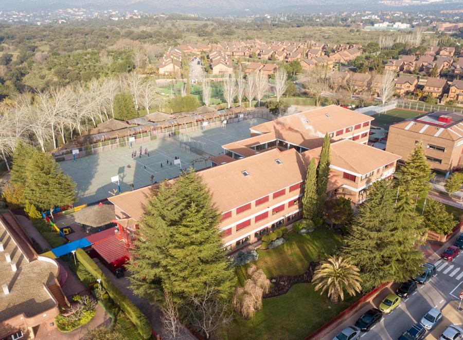 Vista Aérea del Colegio Punta Galea de Laz Rozas de Madrid